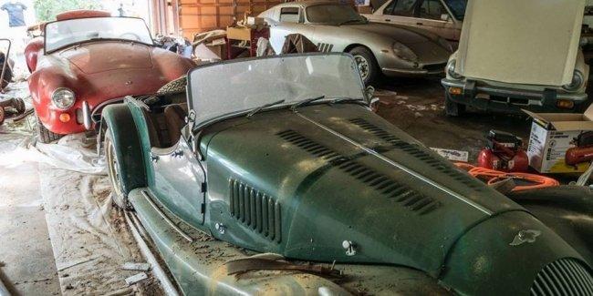Автомобили, которые стоят миллионы долларов, найдены в заброшенном гараже