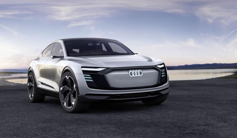 Audi начала принимать депозиты на внедорожник E-tron