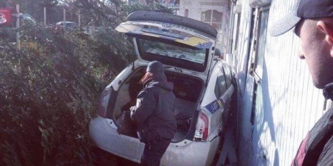 Почему полиция проигрывает суды по битым «Приусам»