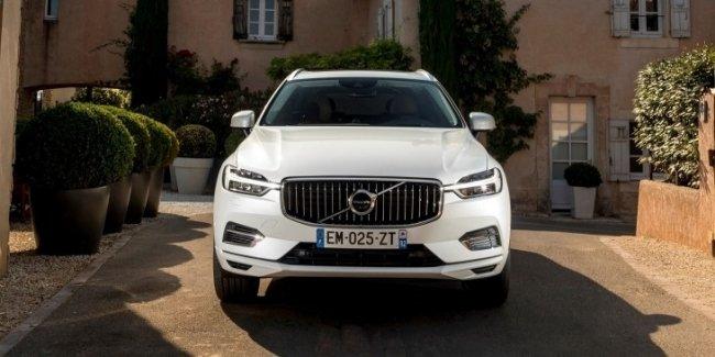 Volvo может выпустить стильное кросс-купе XC50 Coupe
