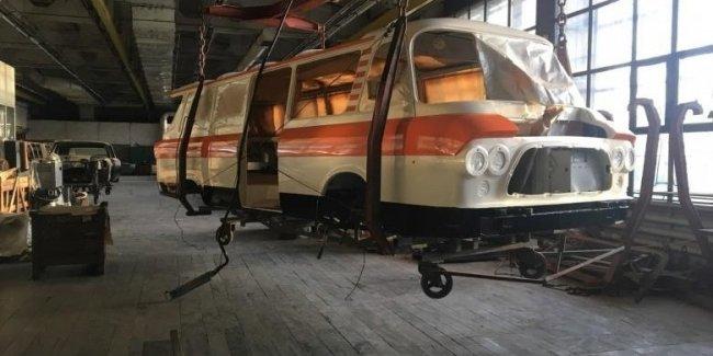 Легендарный микроавтобус Юность возвращается к жизни