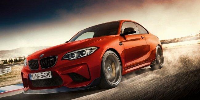 В сети рассекретили новое купе BMW M2 Competition