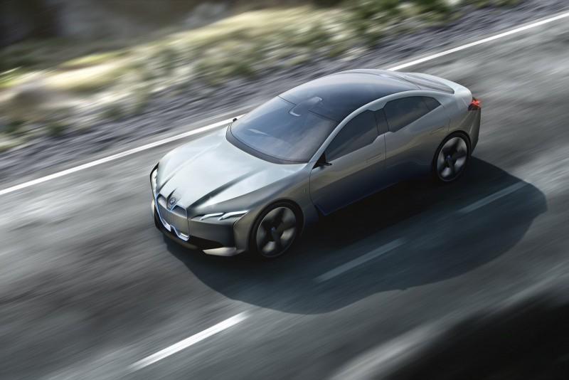Электрокар BMW i4 придет в начале следующего десятилетия