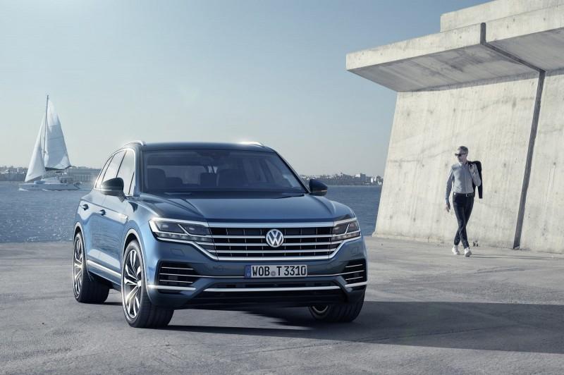 Новый 2018 Volkswagen Touareg наконец-то представили миру
