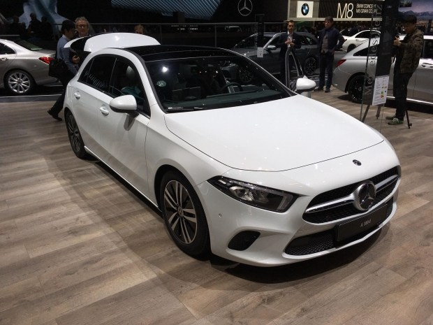 HiTech от Mercedes — новый A-Class представлен в Женеве