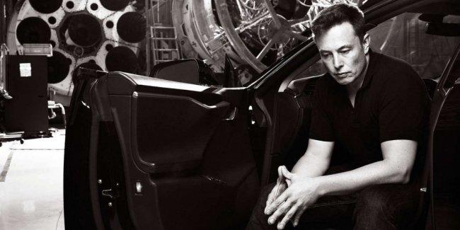 Акционеры Tesla назвали зарплату Илона Маска
