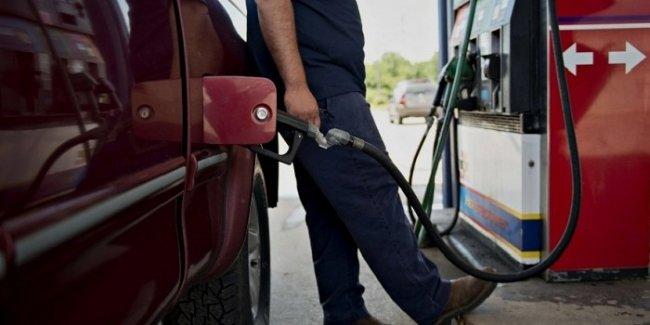 Украинских водителей предупредили о резком скачке цен на бензин