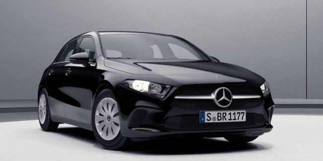 Mercedes показал базовую версию нового A-Class