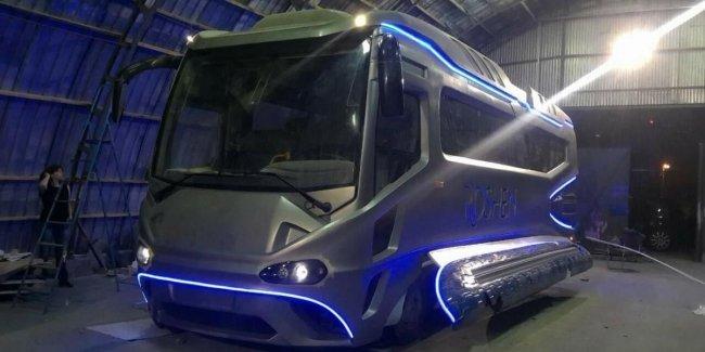 Как светится украинский космический автобус