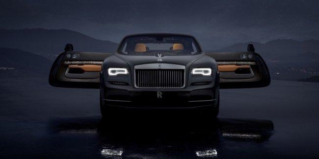 Rolls-Royce добавил в салон Wraith «падающие звезды» и стальную ткань