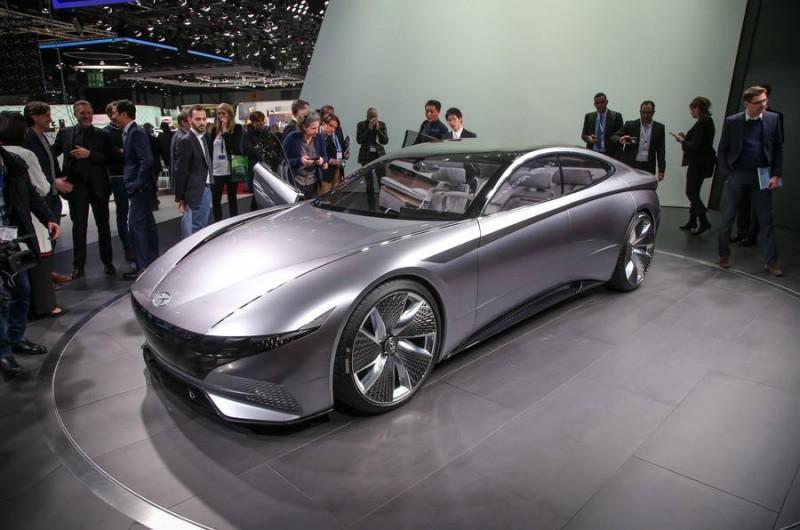 Концепт Hyundai Le Fil Rouge: будущий дизайн моделей бренда