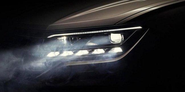 Volkswagen показал матричную фару нового Touareg