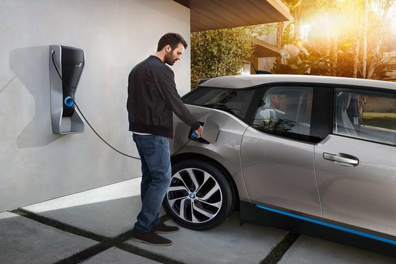 К 2025 году электрокары могут стать дешевле традиционного автомобиля