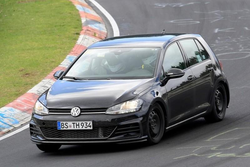 Volkswagen Golf Mk8 впервые попался фотошпионам