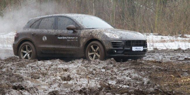 «Порше Центр Київ Аеропорт» влаштували позашляхові тест-драйви на моделях Porsche!
