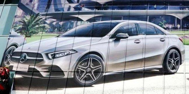Новый седан Mercedes-Benz A-Class: первое изображение