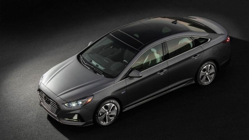 Обновленный гибрид Hyundai Sonata 2018 предложил больше функций