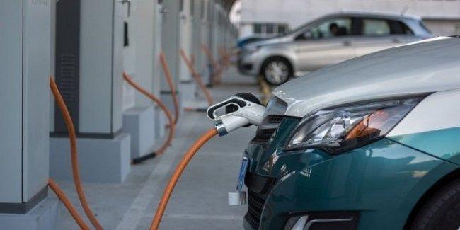 Из-за налоговых льгот импорт электромобилей в Украину вырос в 3 раза