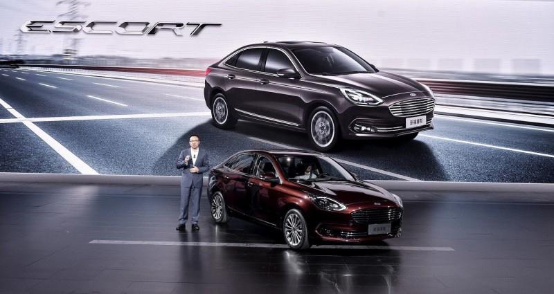 Обновленный Ford Escort с подобным Focus дизайном идет покорять Китай