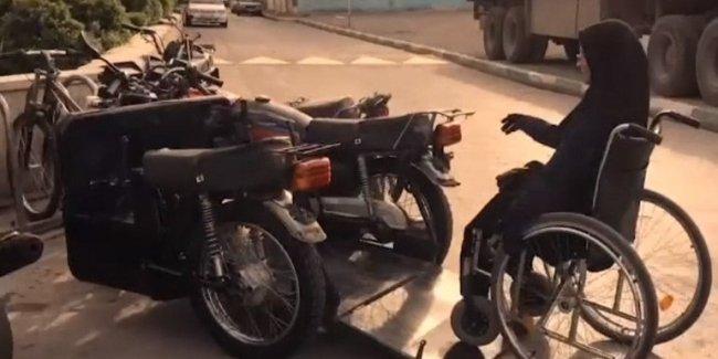 Иранская девушка сделала себе комфортный инвалидный мотоцикл