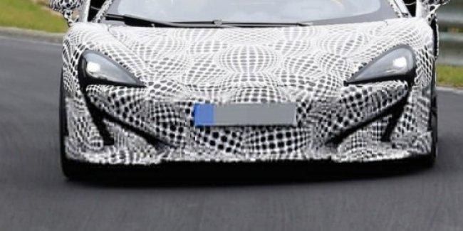 Шпионские фото нового суперкара McLaren 600LT опубликовали в сети