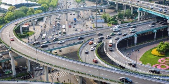 В Китае внедряют глобальную систему слежки за автомобилями