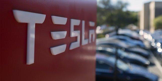 В США раскрыли подробности смертельного ДТП с участием беспилотника Tesla