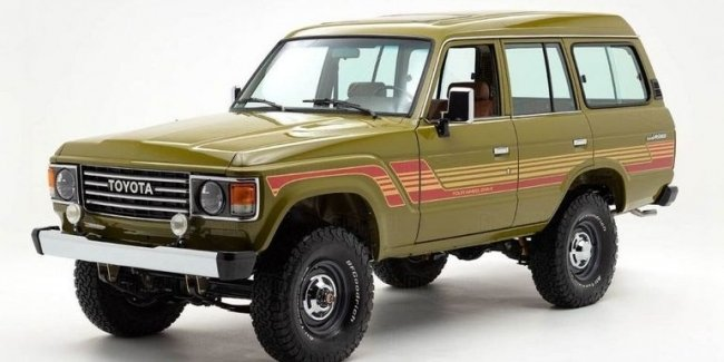 30-летний Toyota Land Cruiser отреставрировали до состояния нового