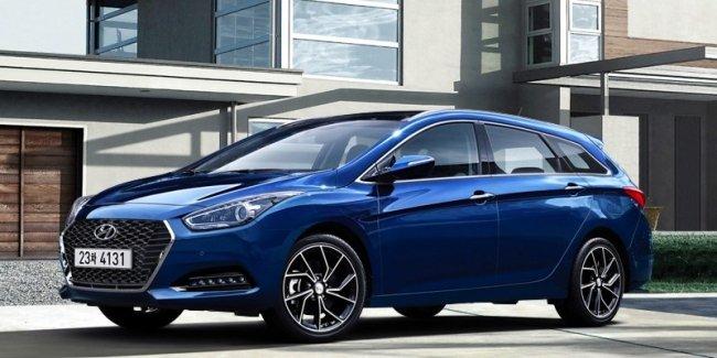 Компания Hyundai подправила семейству i40 внешность и салон