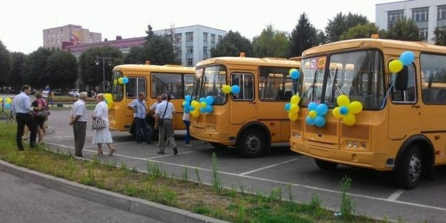 Правоохранители взялись за бюджетников, которые закупили российские школьные автобусы