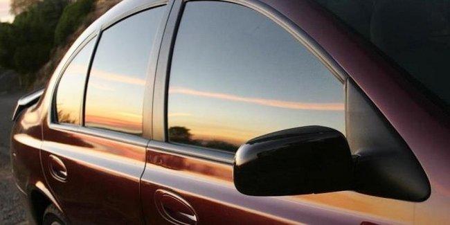 В Узбекистане разрешили тонировать автомобили за 2 тысячи долларов