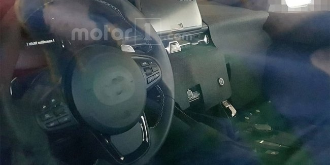 Опубликованы первые фотографии салона возрожденной Toyota Supra