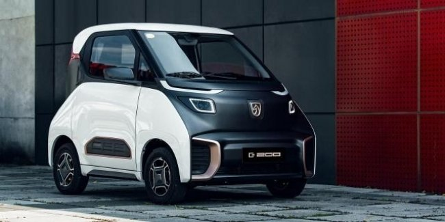 Китайский «Смарт»: SAIC выпустили компактный электромобиль с запасом хода 200 км