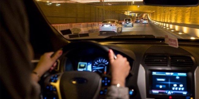 Ученые назвали главную причину сонливости за рулем