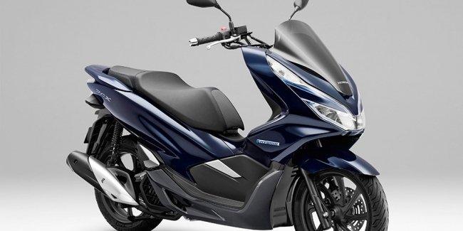 Гибридный скутер Honda PCX Hybrid — скоро в продаже