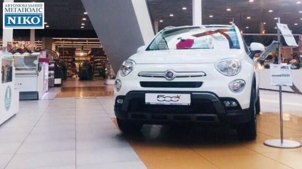 «НИКО Диамант» экспонирует функциональный Fiat 500х в ТРЦ «Аэромол»