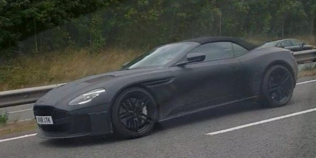 Кабриолет Aston Martin DBS Superleggera Volante выехал на тесты