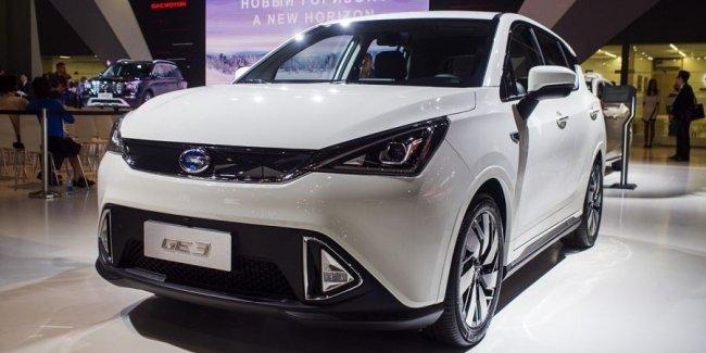 Китайское чудо. Электрический внедорожник GAC GE3 на ММАС-2018