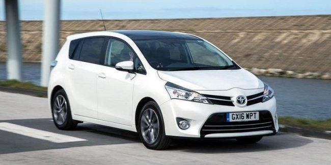 Toyota останавливает продажи модели Verso в Европе