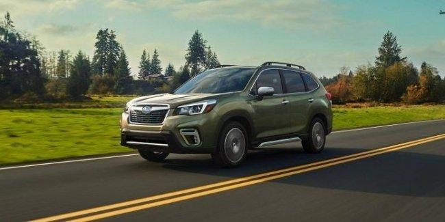 Названы цены на новый Subaru Forester