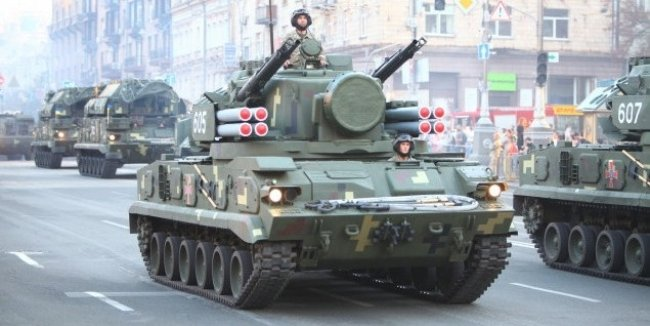 Движения транспорта в центре Киева сегодня ограничат с 15:00 (схема)
