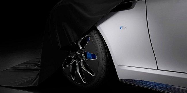 Aston Martin рассказал о электрическом Rapide