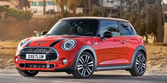 Mini отрицает слухи о снятии с производства трехдверной версии модели