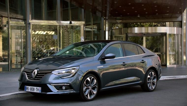 Тест-драйв Renault Megane Sedan 2018
