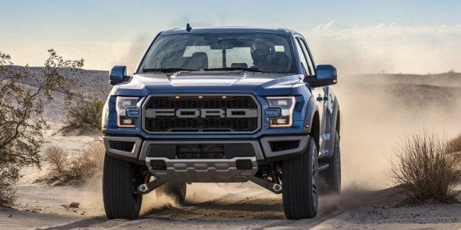 Пикап Ford F-150 Raptor получил внедорожный круиз-контроль
