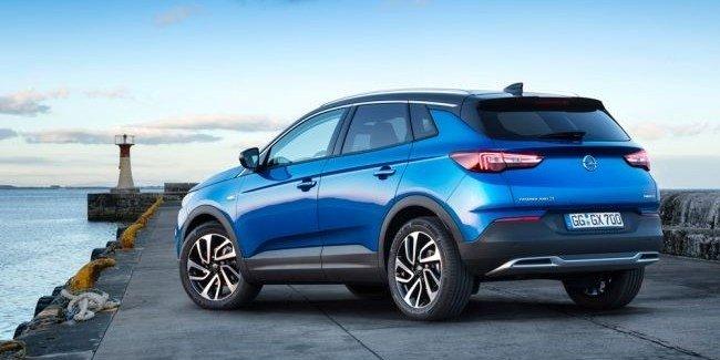 Opel Grandland X получил новый двигатель