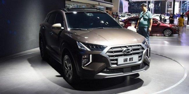 Другой Hyundai Tucson 2019: новый салон и отставка «атмосферника»
