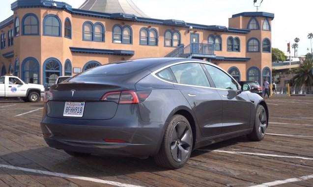 Tesla Model 3 – неужели она лучше чем люксовые немцы?