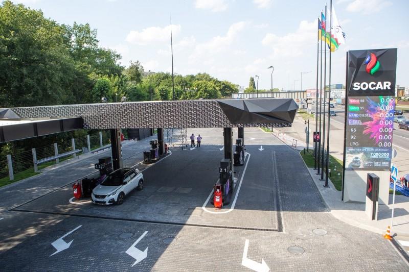 Новый SOCAR на столичном шоссе: опять удивили